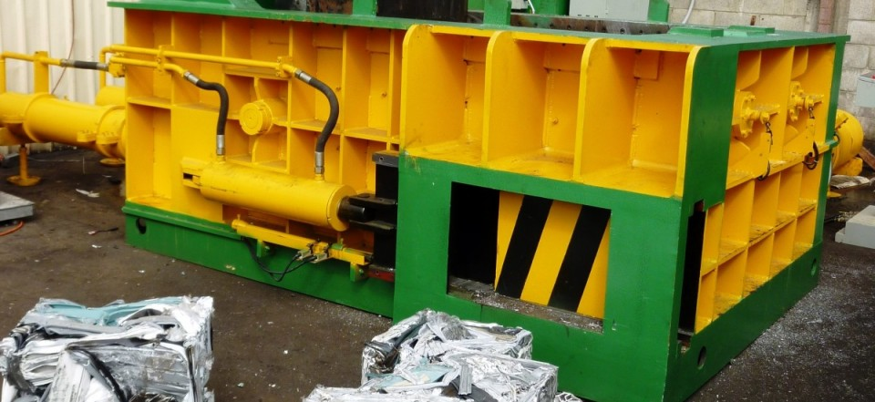 STAR Baler 200C-DC_ crop